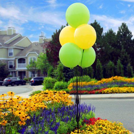BalloonBobber Cluster Pole Kit Apartments